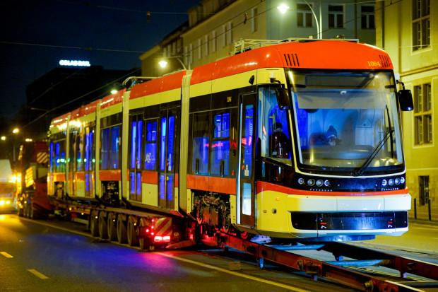 Za opóźnienia w dostawie tramwajów GAiT nałożył na Pesę kary na łączną kwotę 38 mln zł. Można za to kupić cztery nowe tramwaje.