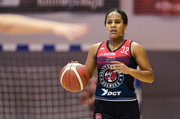 Jazmine Davis zdobyła 20 pkt, 6 asyst i 6 zbiórek, ale była daleka od tego, aby poprowadzić Politechnikę do wygranej w Toruniu.