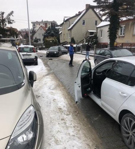 Podczas próby zatrzymania przed dwoma tygodniami, sprawca uszkodził radiowóz i samochody prywatne.