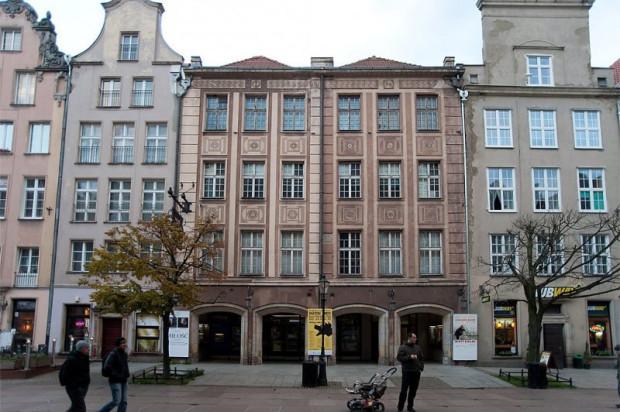 Kino Neptun (dawny Leningrad) u schyłku swojej działalności. Było to najdłużej działające kino w Gdańsku po II wojnie światowej. Początki sięgają 1953 roku, schyłek zaś roku 2015.