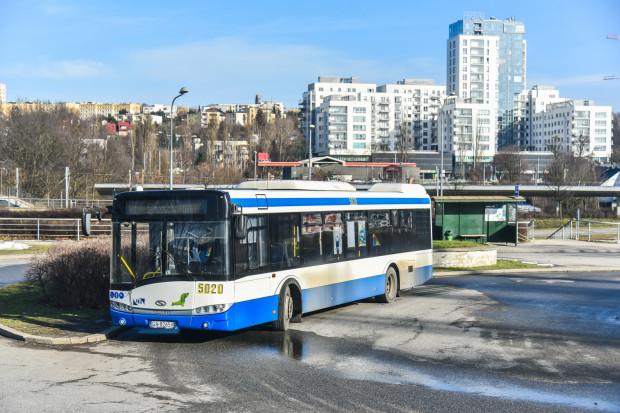 Pętla autobusowa przy peronie SKM pozostanie w niezmienionym kształcie.