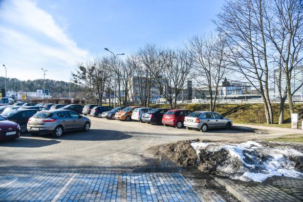 To oznacza, że nie ma szans na powiększanie parkingu.
