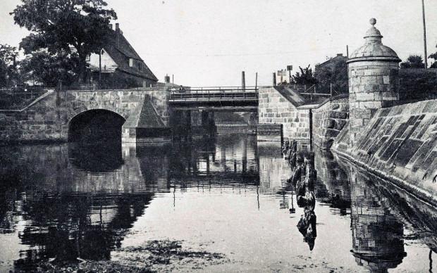 Śluza Kamienna na początku XX wieku.