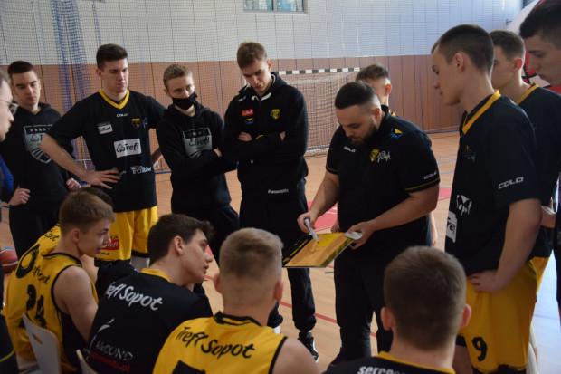 Trefl Sopot i trener Michael Łydkowski.