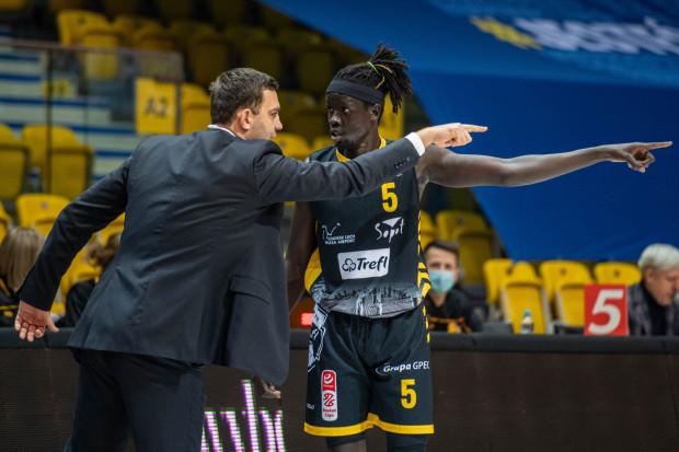 Marcin Stefański i Anunwa Omot zgodnie wskazali, że miejsce Trefla Sopot w tym sezonie jest w play-off Energa Basket Ligi.