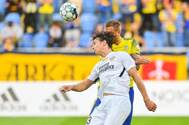 Arka Gdynia w I lidze grała z Puszczą Niepołomice i za każdym razem wygrywała, mimo że w każdym meczu trafiła po dwa gole. Czy tę passę przeniesie na Puchar Polski?
