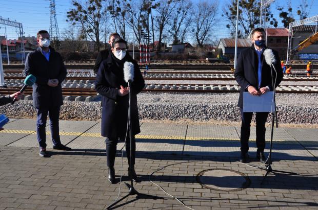 Władze Gdańska zapowiedzi odbudowy przystanków kolejowych w Letnicy, Brzeźnie i Nowym Porcie nazwali elementem kampanii wyborczej.