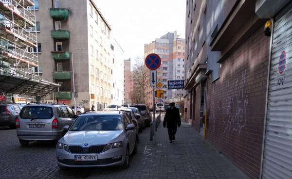 Do Raportu Trojmiasto.pl regularnie trafiają zdjęcia samochodów zaparkowanych na drogach rowerowych, chodnikach i innych niedozwolonych miejscach w Gdyni.