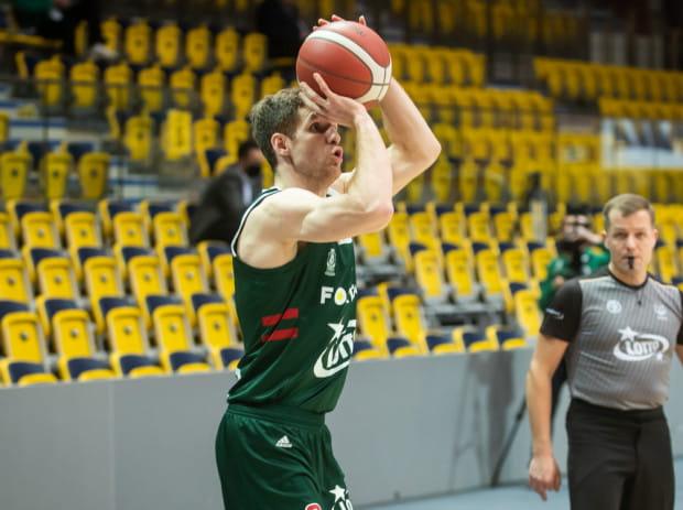 Jakub Karolak w obecnym sezonie Energa Basket Ligi zdobywa średnio 12,9 punktu w każdym meczu.