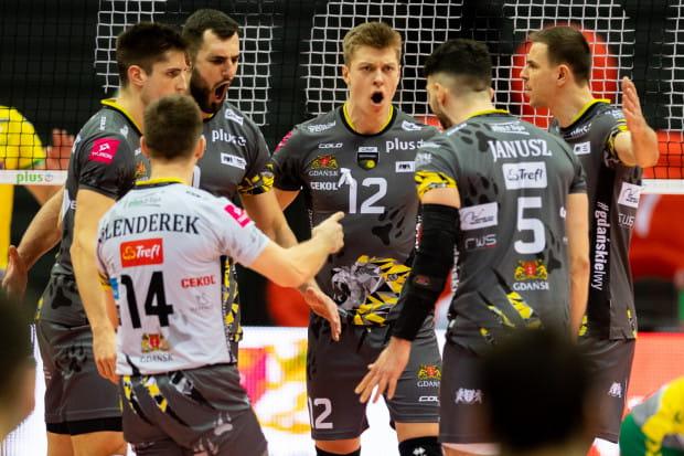 We wtorek siatkarze Trefla Gdańsk poznali ćwierćfinałowego rywala w fazie play-off. W rywalizacji do dwóch zwycięstw zmierzą się z Vervą Warszawa Orlen Paliwa.