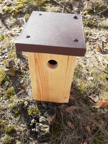 Tak wyglądają budki dla ptaków.