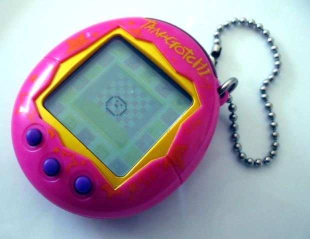 Elektroniczna zabawka Tamagotchi była szczególnie popularna w drugiej połowie lat 90.