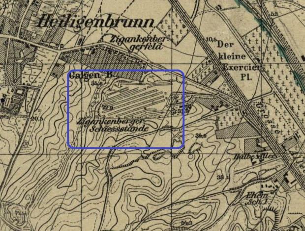 """Teren dzisiejszej dzielnicy Aniołki na planie fortyfikacji Gdańska z 1898 r. Po lewej widoczna obecna ul. J. Sobieskiego, u góry -  ul. R. Traugutta, po prawej zaś al. Zwycięstwa. W centralnej części, obok Góry Szubieniczej (niem. Galgenberg) zespół wojskowych strzelnic, określany wówczas jako """"strzelnice suchanińskie"""" (Zigankenberger Schiesssstände)."""