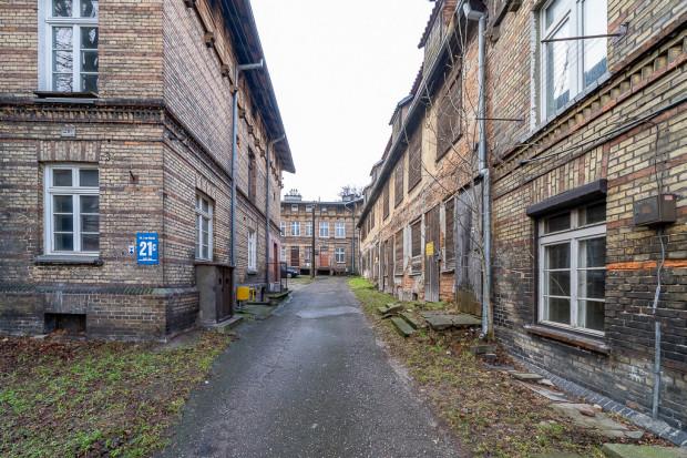 Zabudowania dawnego Zespołu Szpitala Bożego Ciała, które będą poddane rewitalizacji.