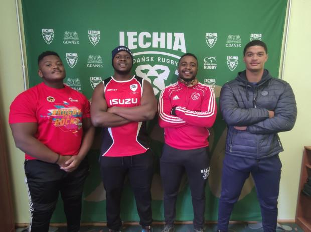 Od lewej: Andile Vukani Benjamin Ngonyama, Colin Nyaoda, Jason Matthew Makhari i Zavien Juzayne Klaasen. Pierwszy i dwaj ostatni to zawodnicy z RPA, którzy niedawno dołączyli do Lechii. Pochodządzy z Zimbabwe Nyaoda, debiut ma już za sobą.