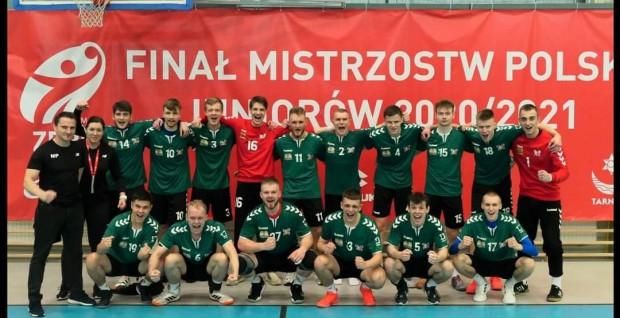 Juniorzy Wybrzeża Gdańsk zdobyli srebrny medal na mistrzostwach Polski w Tarnowie.