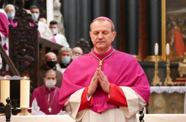 25 marca, w uroczystość Zwiastowania Pańskiego, abp Tadeusz Wojda objął kanonicznie archidiecezję gdańską. W niedzielę, 28 marca, ingres.