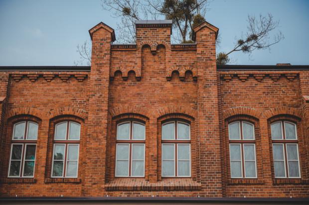 Restauracja, bar i sklep z winami zajmą budynek dawnej remizy na terenie Stoczni Cesarskiej.