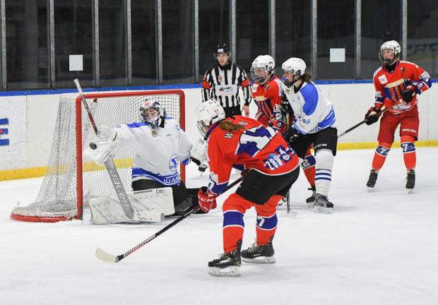 W pierwszym finałowym meczu Stoczniowiec Gdańsk przegrał u siebie z Polonią Bytom 1:5.