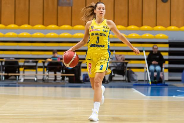 W niedzielę wygrana z Basketem przyszła Arce trudniej niż w sobotę. Na zdjęciu Angelika Slamova, zdobywczyni największej liczby punktów dla gdynianek.