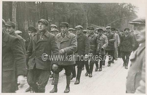 Szkolenie członków Selbstschutz na Pomorzu kilka miesięcy przed wybuchem wojny. Zdjęcie z archiwum Karla Hoeffkesa-AKH (Agentur Karl Hoeffkes).