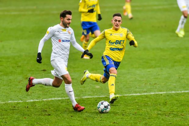 Mikołaj Łabojko wiosną rozegrał 219 minut w Arce Gdynia, gdy w całej rundzie jesiennej zebrał ich 138.