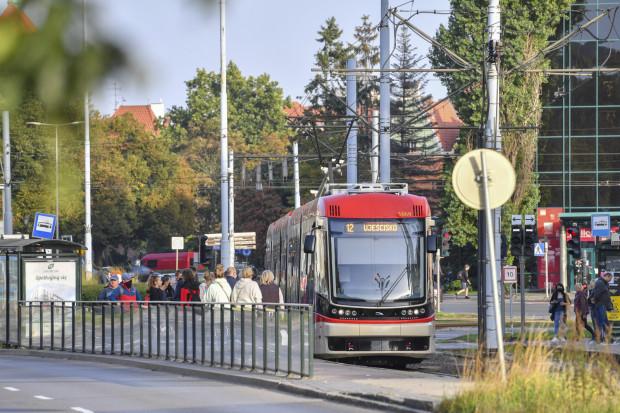 Okolica Huciska jest tzw. wąskim gardłem dla kierowców. W tym miejscu priorytetem są piesi i komunikacja miejska.