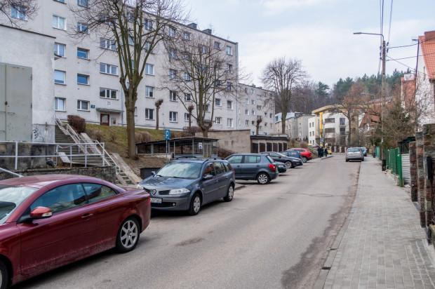Gdynia-Działki Leśne. Ul. Szczecińska ma być jednokierunkowa i objęta płatnym parkowaniem.