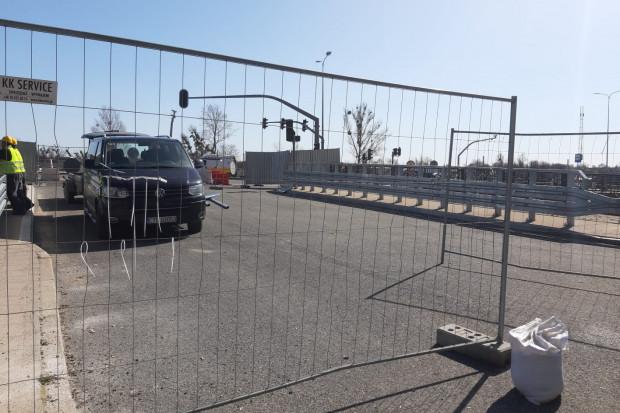 Jeszcze trwają ostatnie prace, ale most nad Kanałem Raduni zostanie otwarty w czwartek rano.
