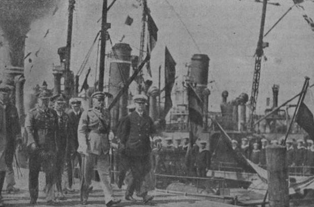 Marszałek Józef Piłsudski podczas jednej z wizyt w Gdyni.