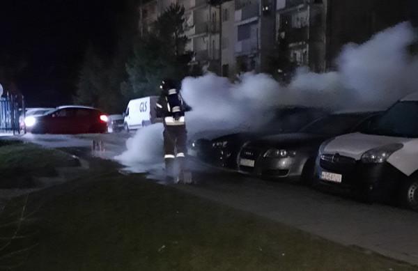Akcja straży pożarnej trwała ponad godzinę.
