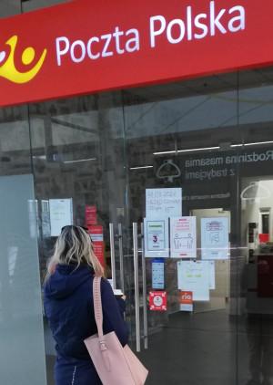 Klienci poczty w Centrum Handlowym Morena w ostatnim czasie często odbijali się od zamkniętych drzwi. Spółka tłumaczy przyczynę problemów.