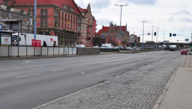 Wiosną ruszy budowa przejścia naziemnego, które połączy Bramę Wyżynną i Forum Gdańsk. Naprawiona zostanie także jezdnia.