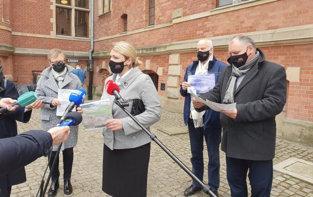 W środę radni Klubu PiS zażądali wyjaśnień od władz Gdańska ws. nieprawidłowości wykrytych przez WIOŚ.