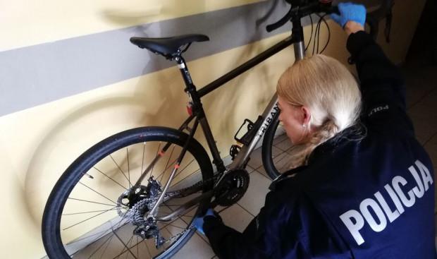 Policji udaje się odzyskać tylko część skradzionych rowerów, warto więc pomyśleć o dobrym zabezpieczeniu naszego jednośladu.