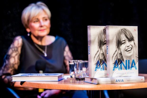 "Promocja książki ""Ania""."