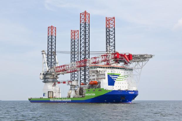 Stocznia Crist jest jednym z niewielu zakładów, które specjalizują się w budowie jednostek do instalacji morskich turbin wiatrowych.