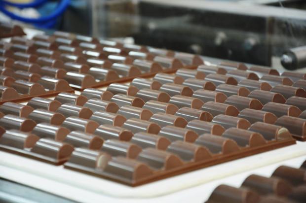 Gdańsk odegrał kluczową rolę w historii czekolady w tej części Europy. W portowym mieście, otwartym na nowe smaki, czekoladę przywożoną na pokładach żaglowców piło się tu już pod koniec XVII wieku.