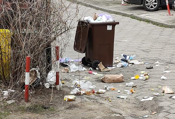 Widok z okna jednej z naszych czytelniczek z Gdyni.