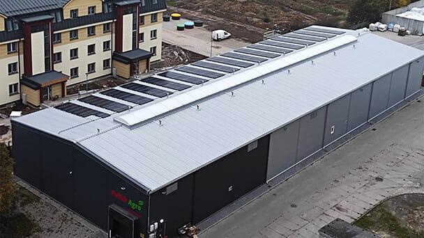 Fotowoltaika dla rolnika, biznesu czy domu? W Sunny Roof  oferują rozwiązania dostosowane do indywidualnych potrzeb.
