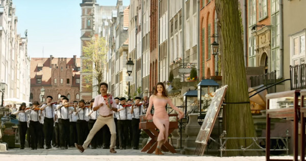 """""""Mersal"""" to bollywoodzki film, do którego niektóre zdjęcia zrealizowano w 2017 roku w Gdańsku."""
