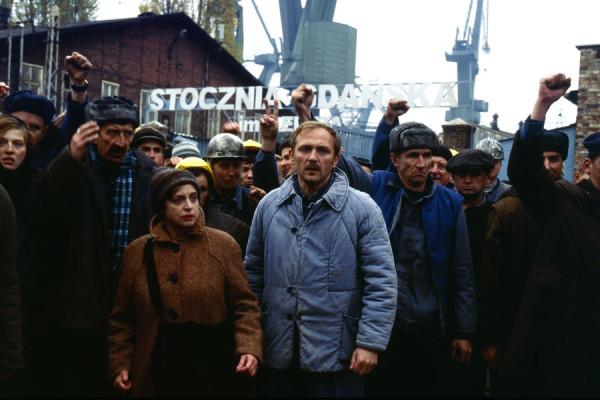 """W 2005 roku Volker Schlondorff kolejny raz realizował zdjęcia w Gdańsku, tym razem do filmu """"Strajk"""", którego inspiracją była """"Solidarność"""" i postać Anny Walentynowicz."""