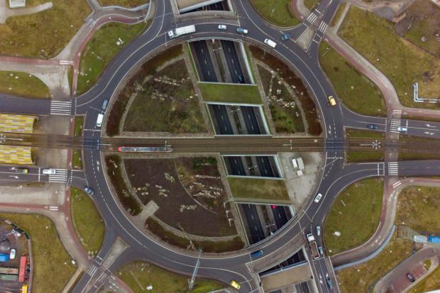 Zakres prac naprawczych obejmie: dwa wiadukty drogowe, dwa technologiczne, dwa przejścia dla pieszych oraz wiadukt tramwajowy.