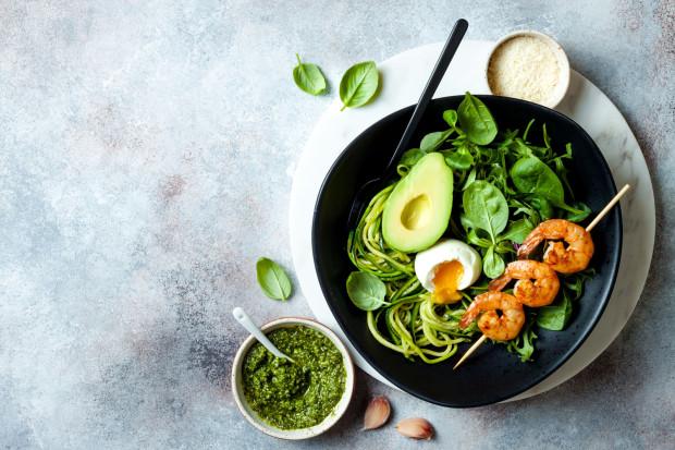 Stosując odpowiednio zbilansowaną dietę, jesteśmy w stanie dostarczyć niemal wszystkich składników niezbędnych do prawidłowego funkcjonowania organizmu.