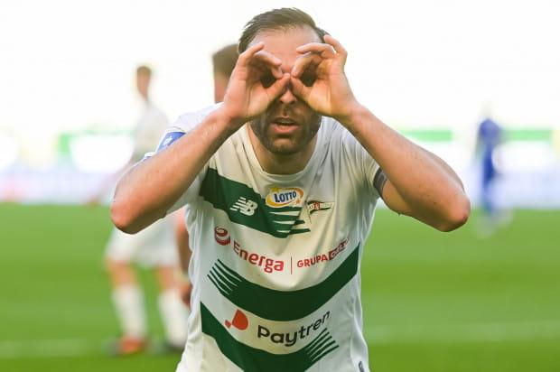 Flavio Paixao po golu na 2:2 w meczu Lechia Gdańsk - Piast Gliwice.