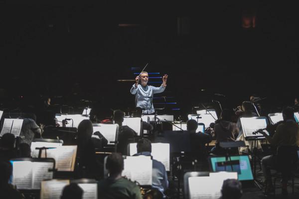 """Piątkowa premiera ma dla José Marii Florência (na zdj.) wymiar osobisty. """"Świętem wiosny"""" Strawińskiego dyrygował podczas swojego debiutu na scenie operowej, w Teatrze Wielkim w Łodzi."""