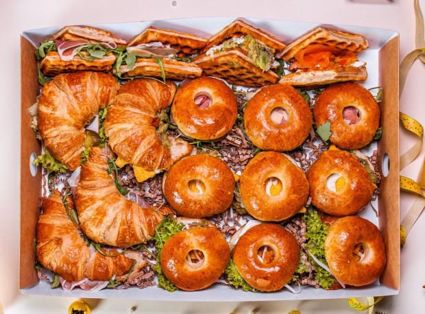 Śniadaniowa oferta Marmolady jest bogata i można z niej korzystać przez cały dzień.