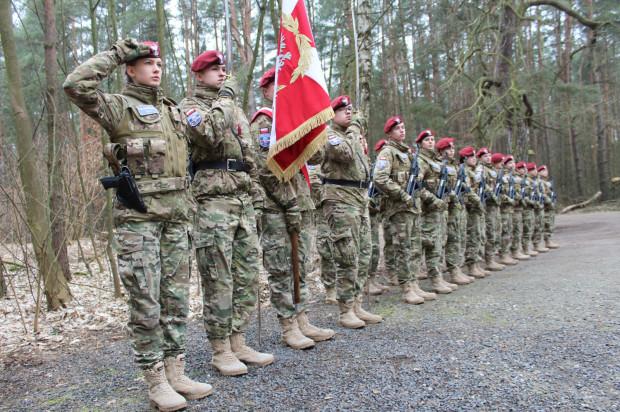 Licea CN-B Feniks należą do wąskiego grona szkół objętych programem Ministerstwa Obrony Narodowej.