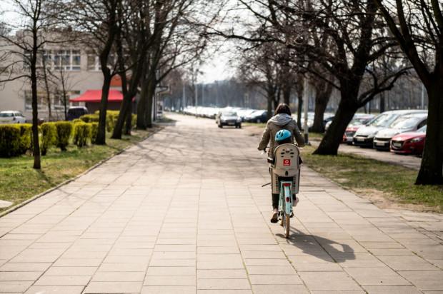 Sami rowerzyści spowodowali w 2020 roku niemal 1400 wypadków.