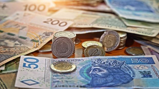 Narodowy Bank Polski chce obowiązkowego akceptowania płatności gotówkowych.
